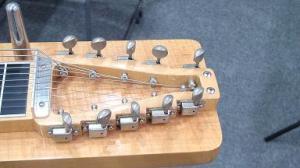 ▲こちらは10弦です。